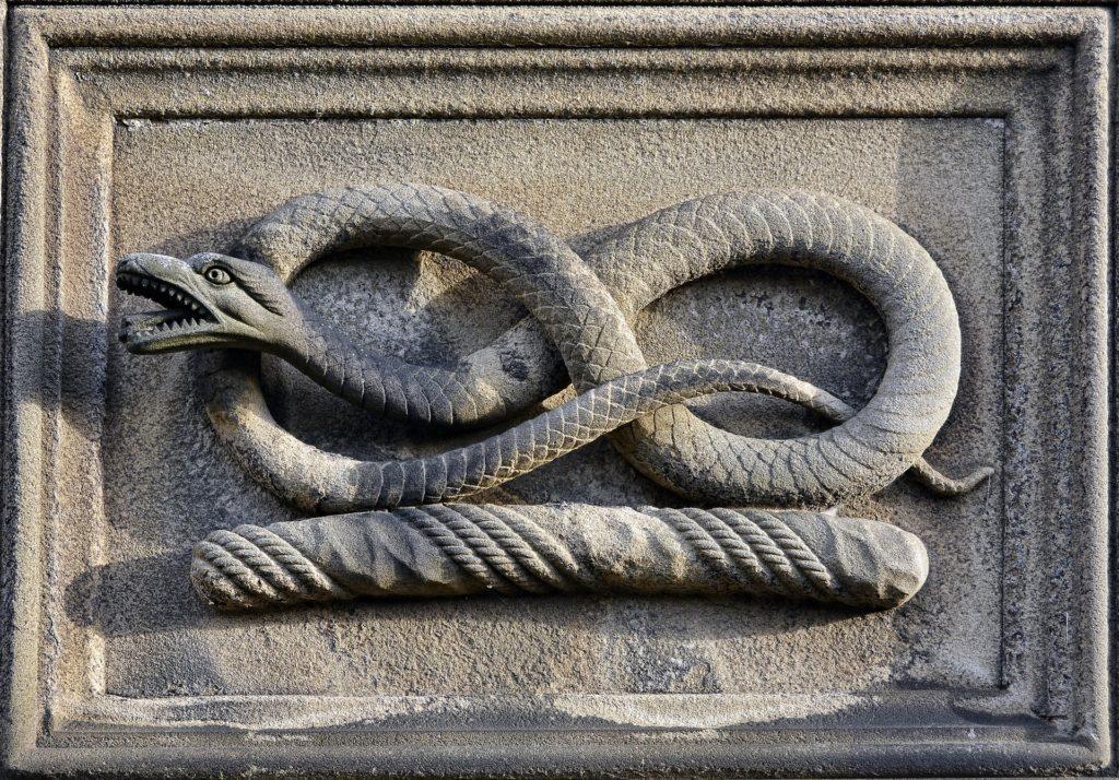 Du Serpent selon Fabre d'Olivet