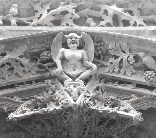« Le Baphomet » de l'église Saint Merry. Photographie par Aurélien Llavador, 2014